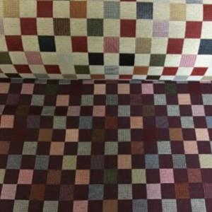 Gobelin meubelstof kleurrijk geblokt
